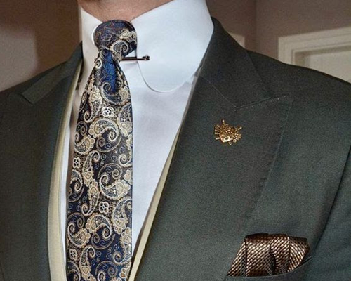 The-Olive-Green-Suit-Trend Picture 2